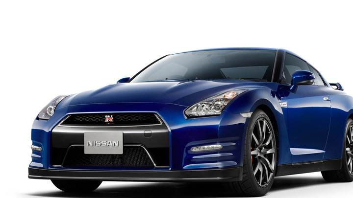 Front Side Pose Of 2012 Nissan GT-R In Blue
